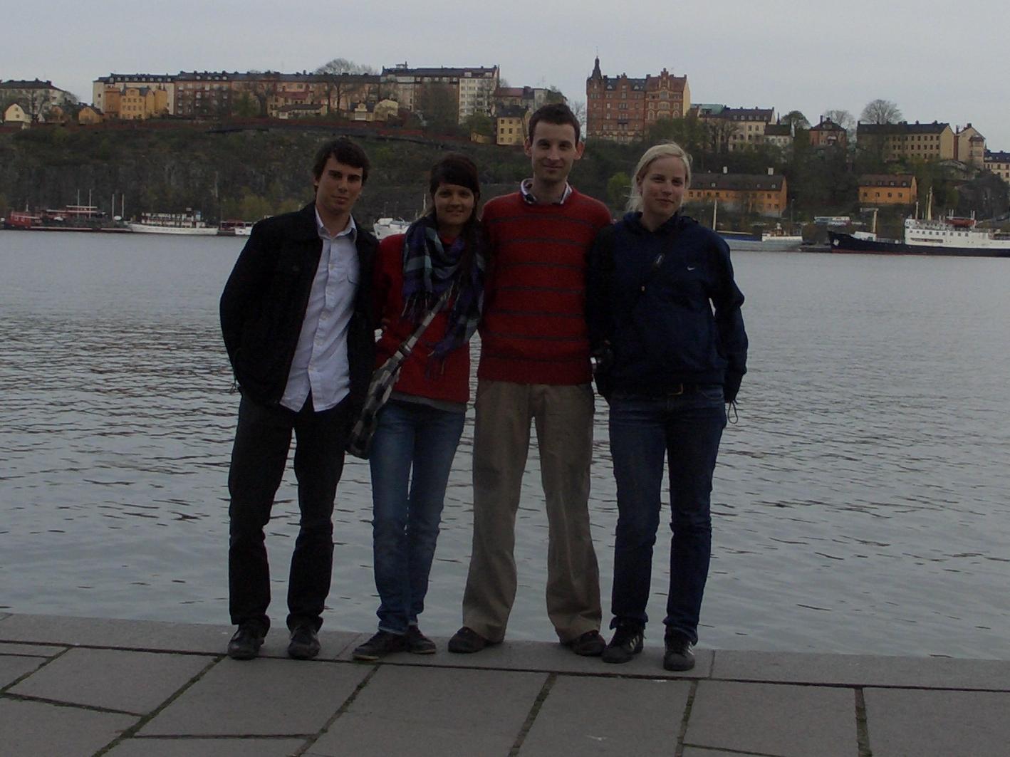 A svéd tanárom valahol a háttérben lakik